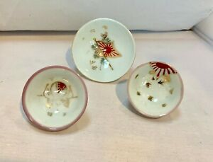 Vintage Japanese 3 Porcelain Sake Cups With Rising Sun Flags E15