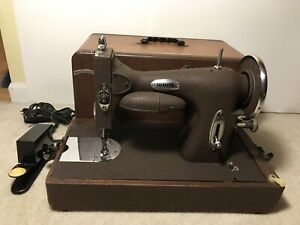 Rare Vintage White Rotary Sewing Machine W Case Excellent Condition
