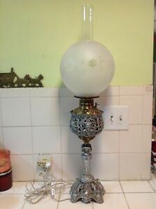 Vintage Victorian Kerosene Lamp Converted To Electric With Pan Face Design 33
