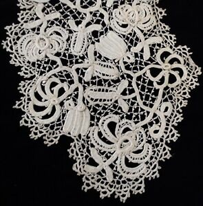Lovely Antique Needle Lace Collar Point Plat 7 Wide Cream Color Great Cond