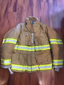 Firefighter Globe Turnout Bunker Coat 41x29 G xtreme 2008 No Cut Out