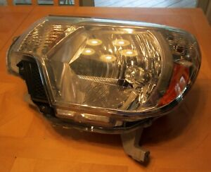 2012 2013 2014 2015 Toyota Tacoma Oem Halogen Headlight Lh Driver Pre Owned