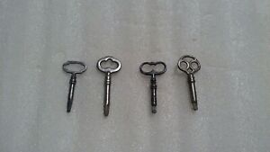Vintage Antique Lot Of 4 Sewing Machine Cabinet Drawer Key Triangle Tip