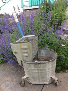 Vtg Galvanized Steel Mop Bucket Pail Caster Farm Primitive Flower Planter Pot