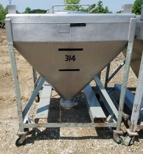 20 Cu ft Stainless Steel Tote Tank hopper 150 Gal Stackable And Portable