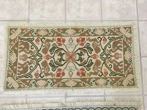 Beautiful Vintage Hand Made Portuguese Arraiolos Rug Cream Pink