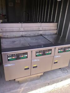 Pitco Solstice Supreme High Efficiency 3 Bay Gas Fryer With Filtration