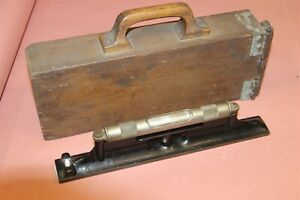 L S Starrett 98 12 1 4 Machinist Level With Wood Carry Case
