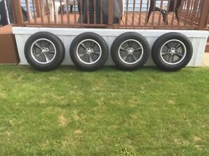 4 New 5 Spoke Old School Wheel And New Tires 245 65 R17 With Wheel Lock Dodg