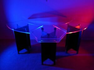 Pod Cast Table Or News Desk Or Presentation Stand Or Wave Shaped Bar In Acrylic