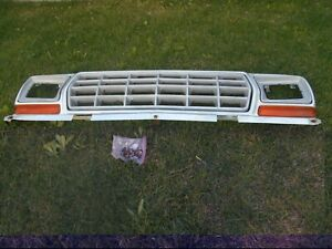 1979 Ford Truck Grille Assembly Oem