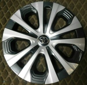 One 2016 2019 Toyota Prius Prime 61182 15 Hubcap Wheel Cover 42602 47240 New