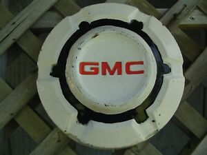 One Gmc Jimmy Chevrolet Pickup Truck Blazer Van Dog Dish Hubcap Wheel Cover