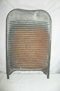 Vintage Antique Very Nice Solid Metal Washboard Laundry Room Scrub Board Music