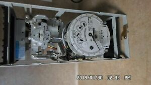 General Electric Type Dsm 64 701x2 G 11 Stator Watthour Meter