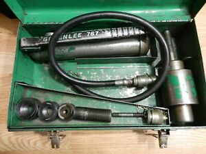 Greenlee 7646 Manual Hydraulic Pump Knockout Set W Ram 767 And 3 Dies