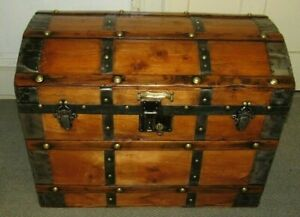 Antique Steamer Trunk Vintage Victorian Dome Top Stagecoach Chest Tray