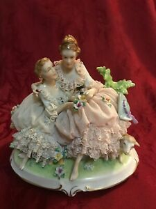 Dresden Porcelain Lace Figurine 2 Ladies Mother Daughter Or Sisters