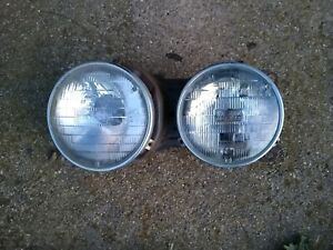 Bmw E24 Driver Side Headlight Bucket With Lights And Trim Rings 635csi M6