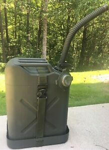 Genuine Us Military Vehicle Gas Can W Carrier Spout Willys Jeep Mb Ford Gpw