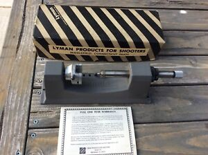 Lyman Universal Case Trimmer with Extra Collets