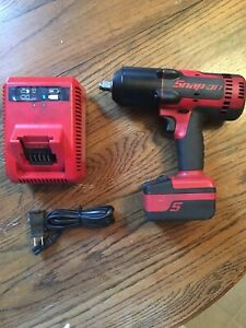 Snap On Ct8850 1 2 Cordless Impact Wrench With Charger And Battery 18v