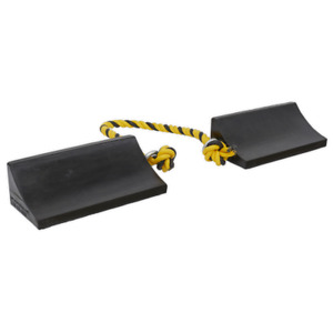 Wc16 Sealey Heavy Duty Rubber Wheel Chocks Pair Ramps Chocks