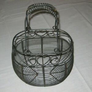 Vintage Wire Farm House Egg Fruit Gathering Basket Heart