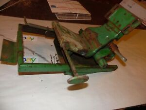 Oliver 1800 Farm Tractor Seat Suspension Assembly wow