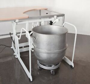 Knead a lift Undertable Bowl Lift Hobart 140qt 80 Qt Legacy Folds Out Of Way