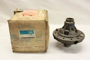 Nos 1970 s Chevrolet Truck 12 Bolt Rear Differential Case Carrier C k Gm 329744