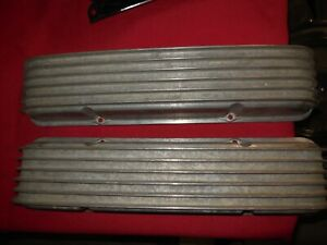 Vintage Cal Custom Finned Aluminum Small Block Chevy 283 327 331 Valve Covers