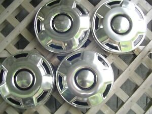Ford Vintage Pickup Truck Bronco Fomoco Dog Dish Center Caps Hubcaps Wheel Cover