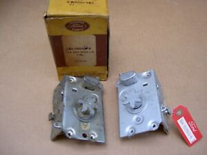 56 Ford T Bird Merc 57 T Bird Door Lock Latches 1 Pr B6a 7021812 13 B Nos