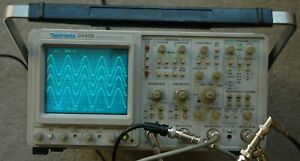 Tektronix 2445b Four Channel 200 Mhz Oscilloscope Calibrated Works Great