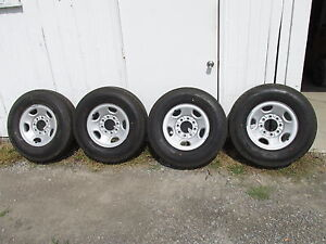 Gmc chevy Truck van 16 8 Lug On 6 5 Steel Wheel And Continental Tires 2457516