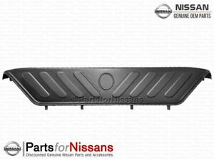Genuine Nissan 2005 2020 Frontier Bumper Step Cover New Oem
