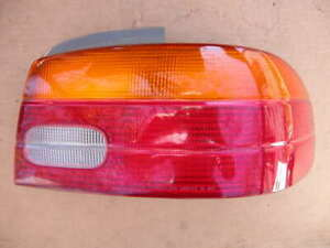 1998 99 2000 01 02 Chevrolet geo Prizm Oem Outer Right Passenger Tail Light