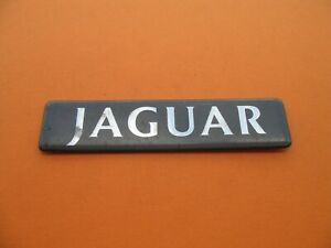 98 99 00 01 02 03 Jaguar Xj Xj8 Rear Lid Emblem Logo Badge Sign Symbol Oem A1666