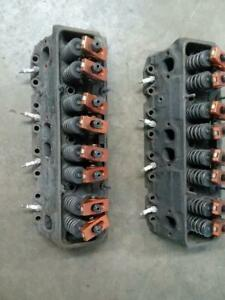 Chevy Bowtie Heads 14011034 Small Block Gm