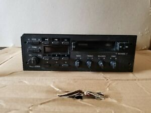 1986 1992 Ford Oem Am Fm Radio Cassette Player