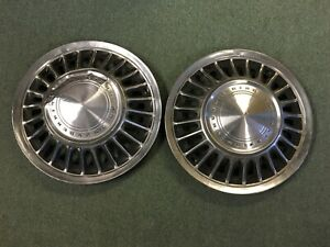 1967 68 Ford Thunderbird Oem 15 Hubcaps Wheel Covers Set Of 2