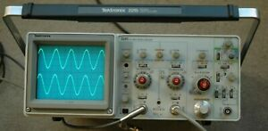 Tektronix 2215 60mhz Oscilloscope Calibrated Tested Two Probes Power Cord