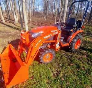 2018 Kubota B2301hsd Hydro Drive Diesel 4x4 Loader Tractor Only 28 Hours