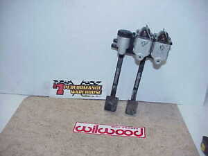 Wilwood Dual Reverse Mount Hanging Clutch Brake Pedals Master Cylinders