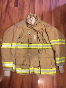 Firefighter Globe Turnout Bunker Coat 48x32 G xtreme 2008 No Cut Out