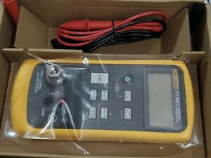 New Fluke 717 500g Pressure Gauge Calibrator 0 500 Psi 0 01 Psi Res