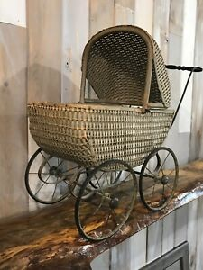 Vintage Toy Wicker Baby Doll Carriage Buggy Flip Sunshade