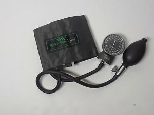 Welch Allyn Tycos Sphygmomanometer With Child Size 28 7 Cm Cuff