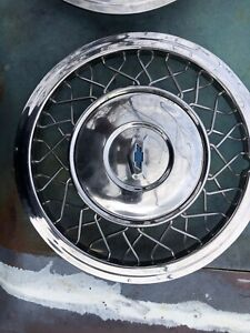 1955 Chevy Spoke Wire Wheel Hub Cap